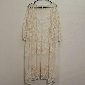She and sky cream lace kimono size m/l